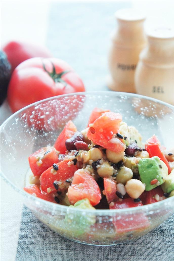 雑穀と豆のサラダ
